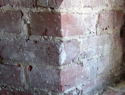 Fired clay brick masonry in lime mortar, Canada (Ojdrovic Engineering)